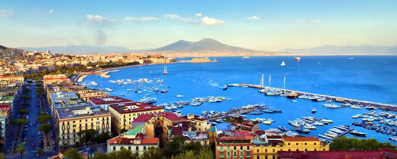 Liman ve Vezüv Yanardağı - Napoli