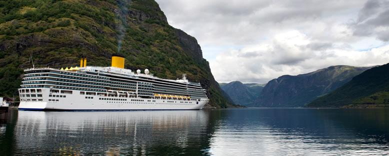 Costa Magica ile Norveç Fiyortları Gemi Turu