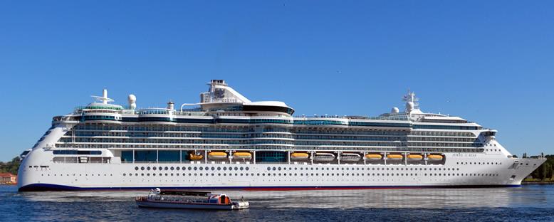 Jewel of the Seas Cruise Gemisi