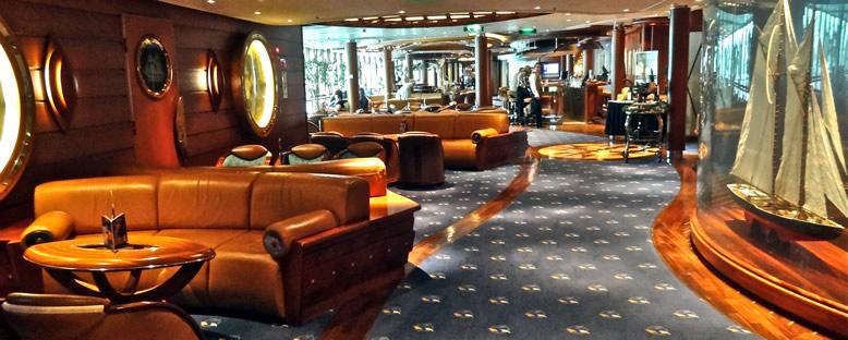 Lounge - Serenade of the Seas