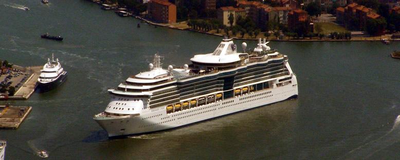 Serenade of the Seas Cruise Gemisi
