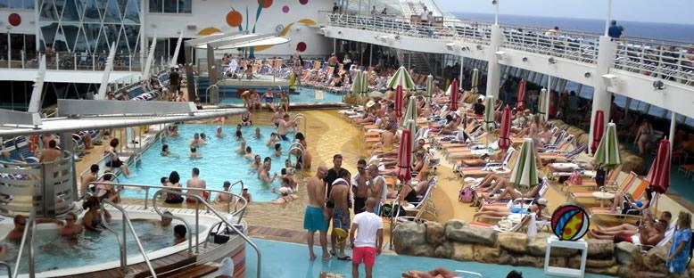 Havuz Başı - Allure of the Seas