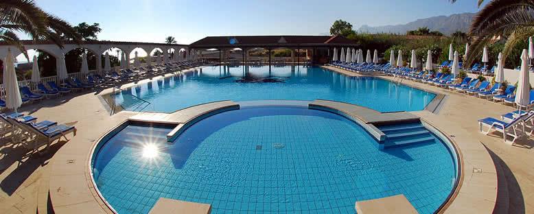 Açık Havuz - Deniz Kızı Hotel