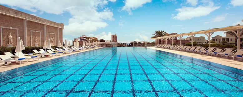 Açık Havuz - Kaya Artemis Resort
