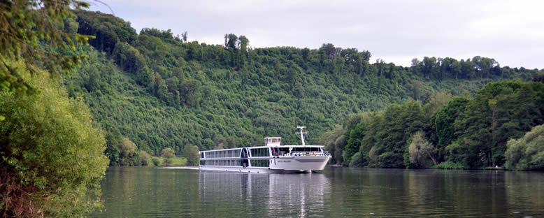 Nehir Gemisi ile Ren ve Main Nehri