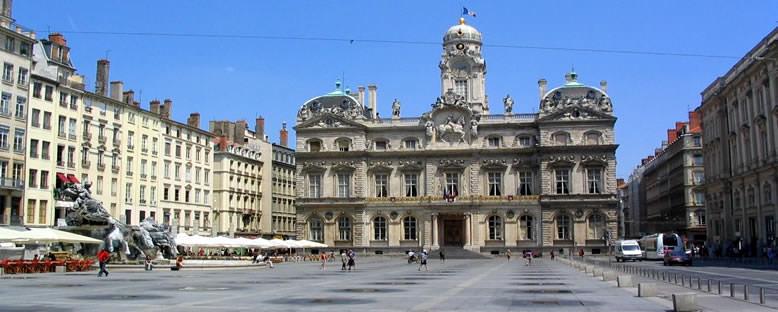 Belediye Binası ve Meydanı - Lyon