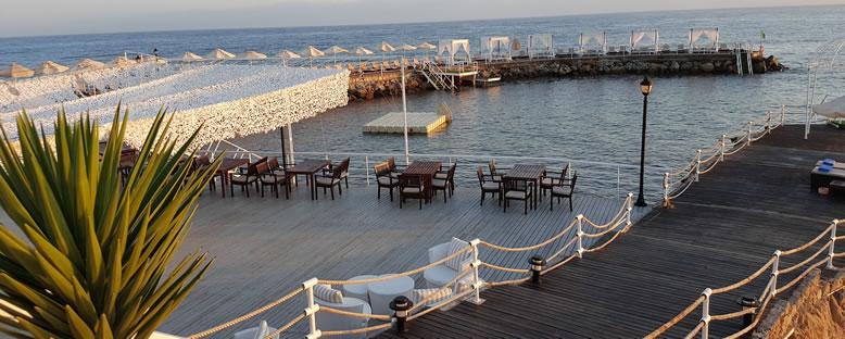 Cafe - Malpas Hotel