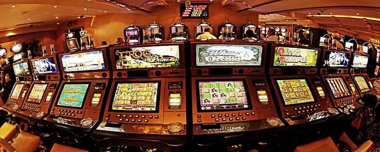 Casino - Rocks Hotel
