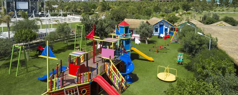 Çocuk Oyun Alanı - Nuh'un Gemisi Hotel