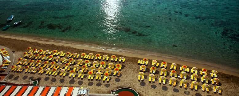 Deniz Kenarı - Salamis Bay Conti Hotel