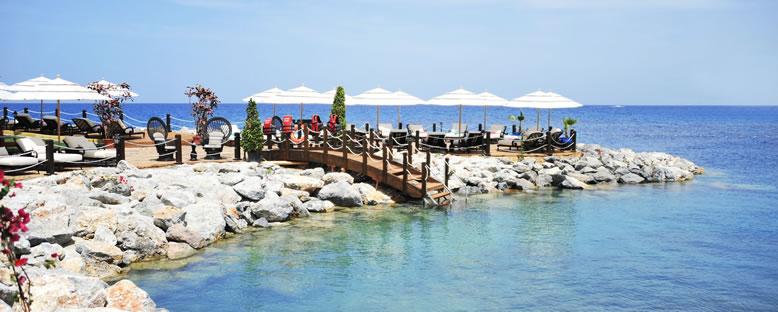 Deniz Keyfi - Les Ambassadeurs Hotel