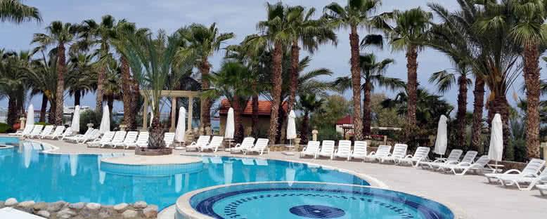 Havuz Başı - Oscar Resort Hotel