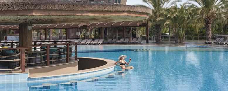 Havuz Keyfi - Nuh'un Gemisi Hotel