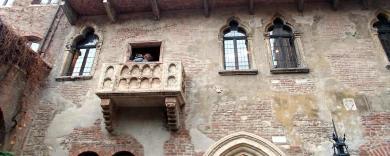 Juilet'in Evi ve Balkonu - Verona