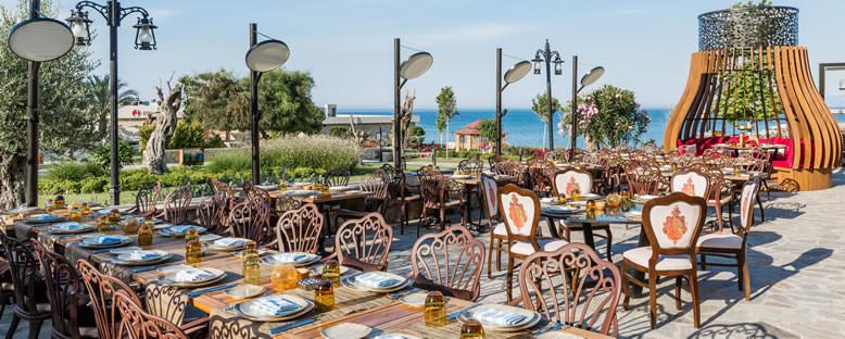 Kömür Restaurant - Lord's Palace Hotel