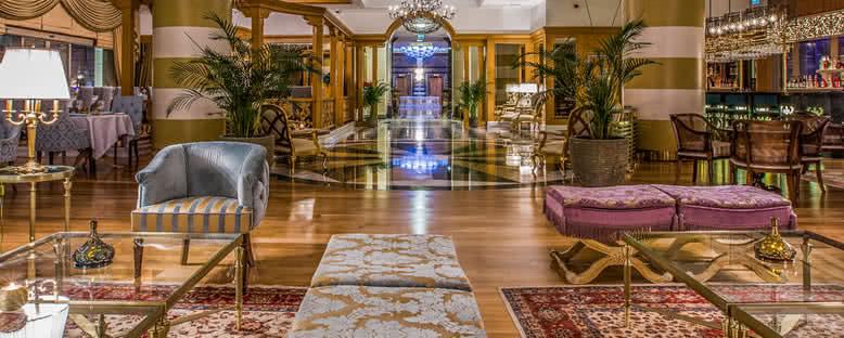 Lobi - Merit Royal Hotel & Casino