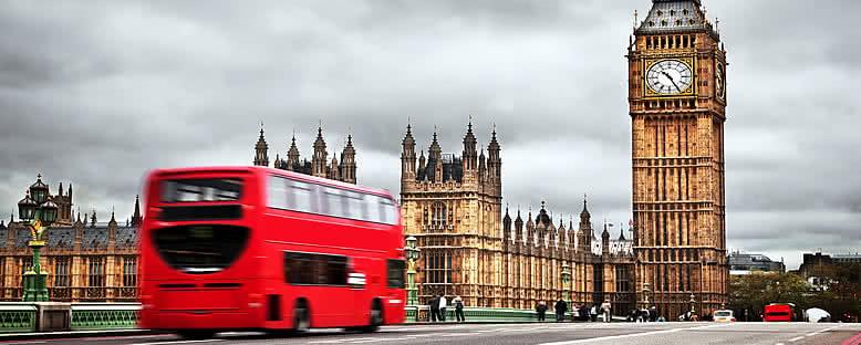 Kırmızı Otobüsler ve Big Ben Saat Kulesi - Londra