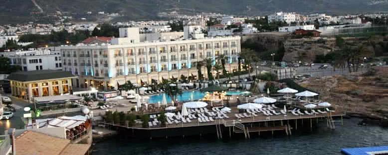 Otel Görünümü - Rocks Hotel