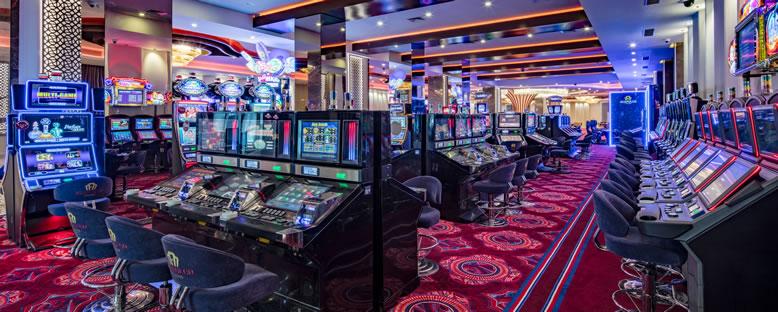 Oyun Makineleri - Acapulco Resort Hotel