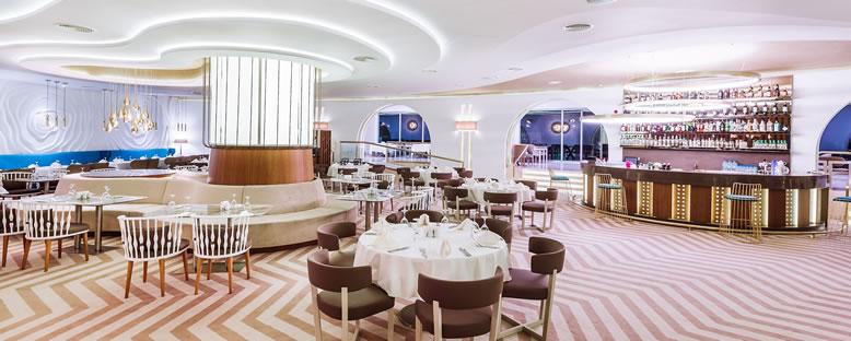 Restaurant - Malpas Hotel