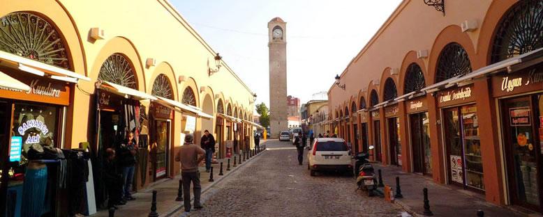 Saat Kulesi ve Kazancılar Çarşısı - Adana