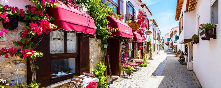 Sığacık Sokakları - İzmir