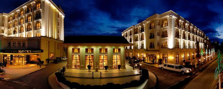 Tesis Görünümü - Rocks Hotel