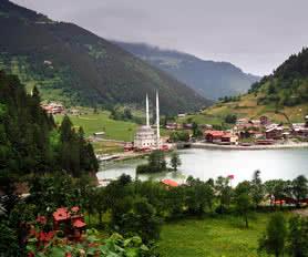 Trabzon uzungöl manzarası
