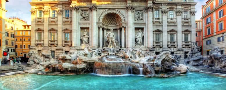 Trevi Çeşmesi - Roma